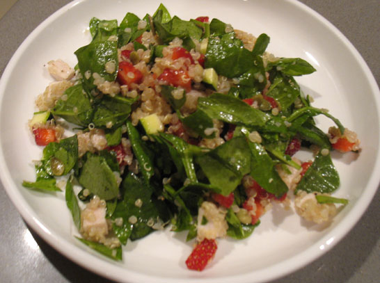 quinoa-strawberry-spinach-salad-recipe